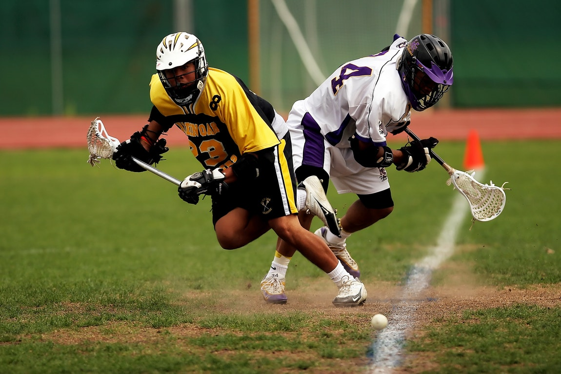 Picking The Right Lacrosse Helmet For You – Essentials To Double Check